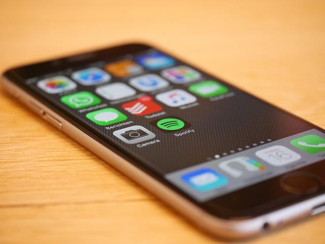 moderní iphone